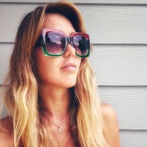 ❣️Beautiful Day sunglasses 🕶 ❣️New